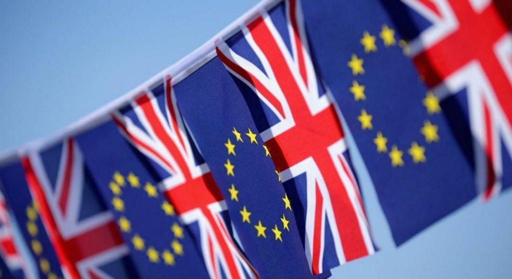 EU Referendum on a knife-edge.