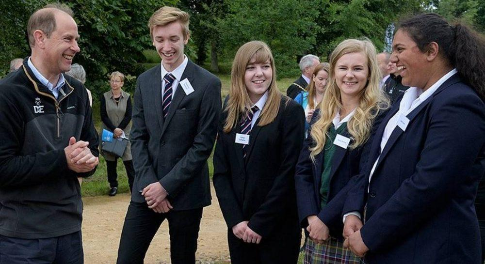 Earl of Wessex met with current and former DofE award winners.