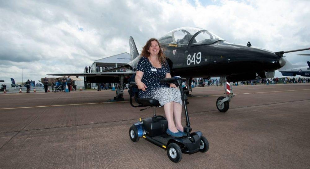 Karen Cox - completed three weeks flight training.