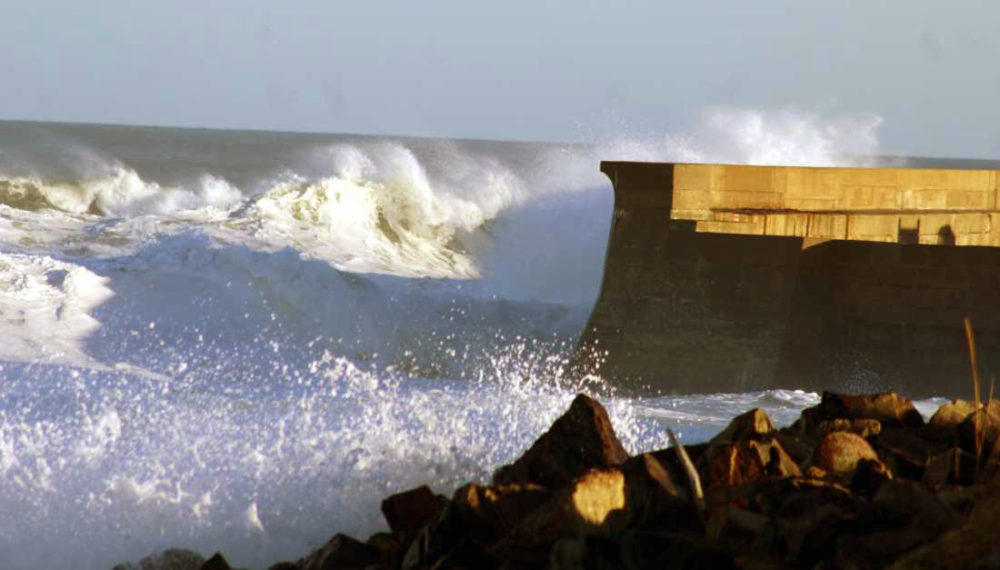 High winds expected to kick up a few big waves on Thursday.
