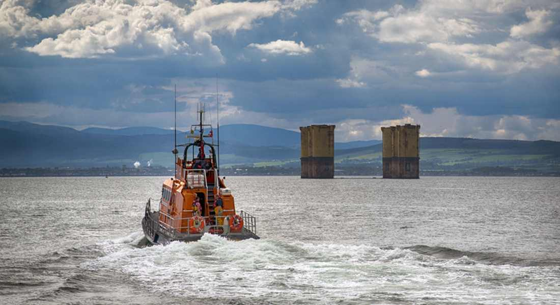 Ship to ship transfers at Cromarty could devastate Moray Firth marine life.