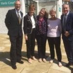 First Minister drops in to meet Varis Court residents